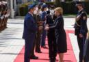Analytik Chmelár: Prezidentka Čaputová zneuctila medailu za statočnosť