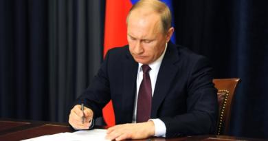 BBC chytá záchvaty hystérie, Putinov nový zákon rozčúlil celý Západ